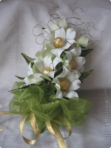 Лилии из гофры своими руками - Как сделать цветок своими руками. Бумажные