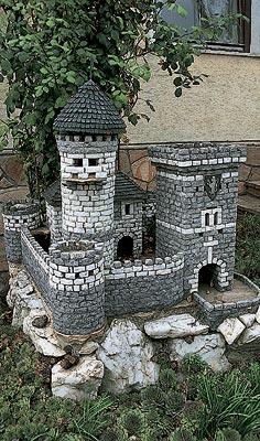 Декоративные замки из камня своими руками фото