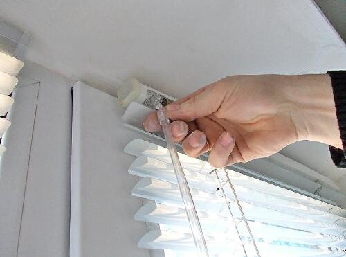 Установка жалюзи на пластиковые окна своими руками