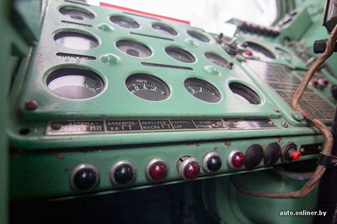 «Смерч»: двигатель — V12, 650 «лошадей»