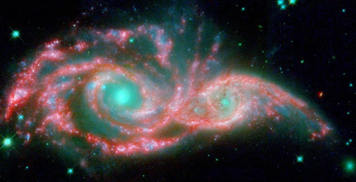 фотографии телескопа «Спитцер» (Spitzer)