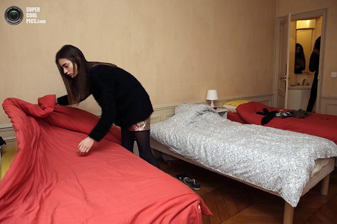 как красиво застелить кровать в отеле менее