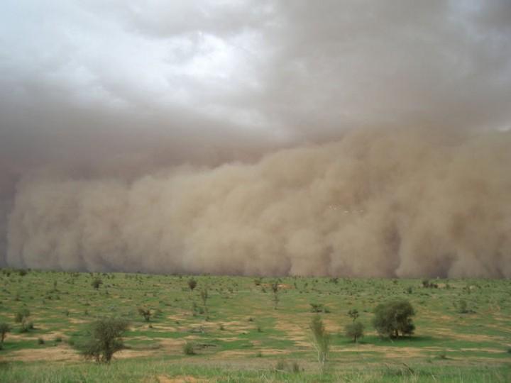 0 86d6d  Самум   песчаная буря