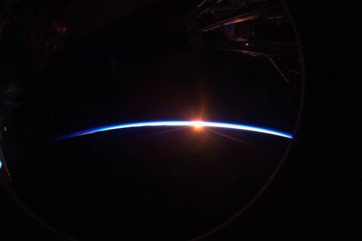 1091 Невероятные фото из космоса астронавта Дугласа Уилока
