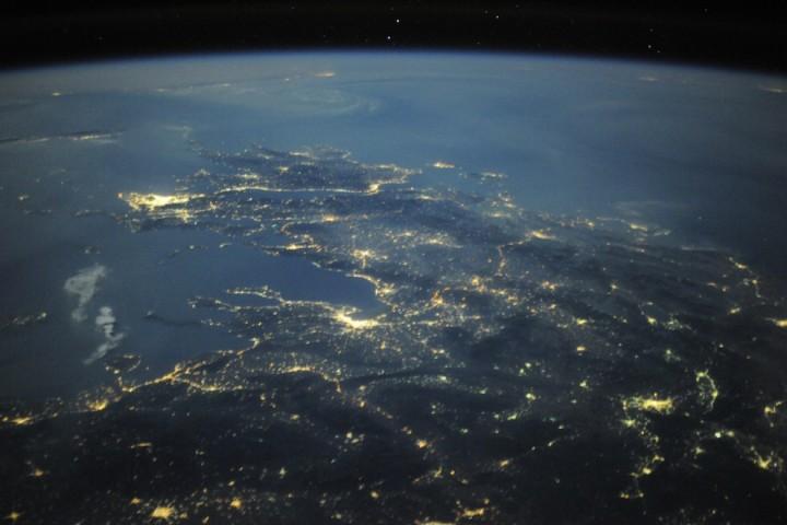 2526 Невероятные фото из космоса астронавта Дугласа Уилока