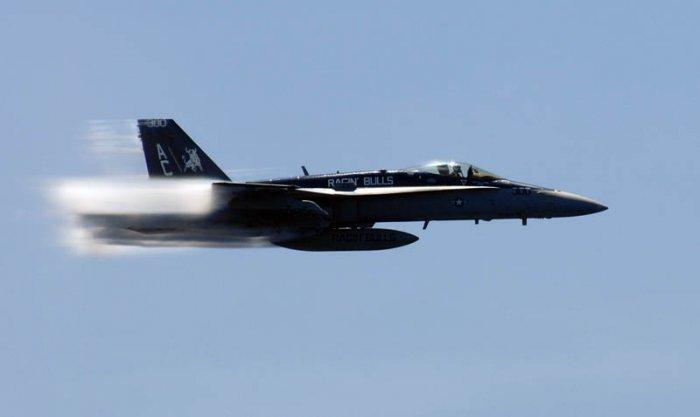 Фото самолетов, преодолевающих скорость звука