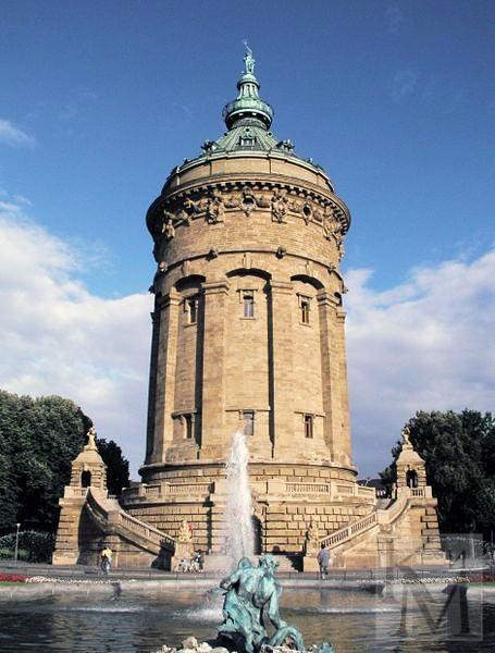 Самые красивые водонапорные башни