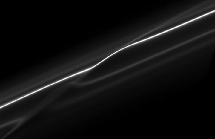 s11 12143 10 Кассини продолжает миссию