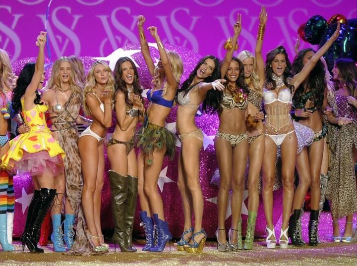 VictoriasSecret07 Топ 10 самых дорогих шоу Victorias Secret