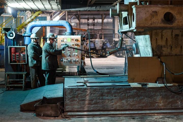 Производственный процесс: Как плавят металл. Изображение №21.
