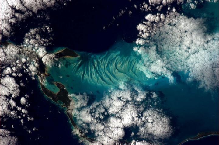 KrisXedfild 10 Крис Хэдфилд: потрясающие фотографии из космоса