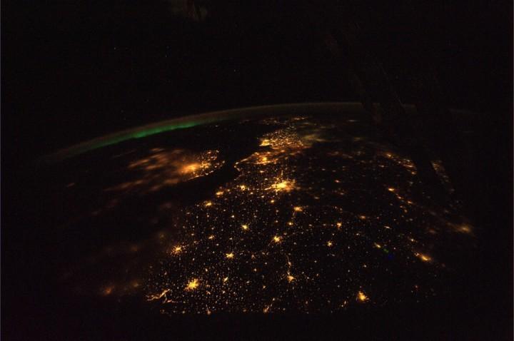 0551 Невероятные фото из космоса астронавта Дугласа Уилока