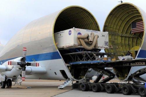 Самолет Super Guppy #4