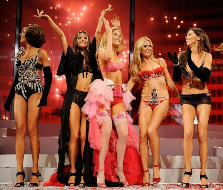 VictoriasSecret05 Топ 10 самых дорогих шоу Victorias Secret